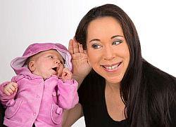 Barbara Fegerl beim Babyfluestern